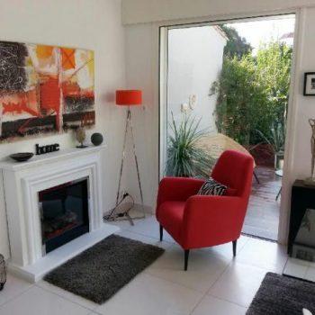 Cheminee-electrique-design-chez-M.-R.-de-Narbonne-11